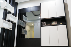 Mirrored Display unit and divider design Bestmas