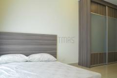 Master Bedroom with Tatami Bed and Antijump Sliding Door design