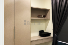Small room with Built in Working Table Bestmas