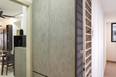 2.-Foyer-with-Full-Height-Shoe-Cabinet