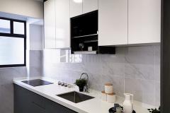 8.-I-shape-5G-Glass-Door-and-Quartz-Stone-Table-Kitchen-Cabinet-design