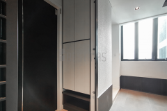 1.-Foyer-with-Full-Height-Shoe-Cabinet