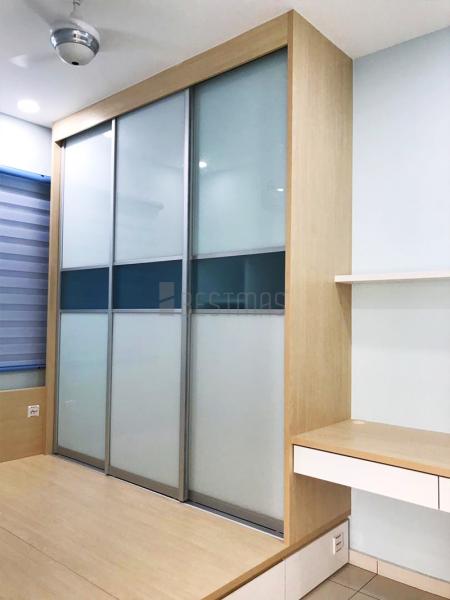 Bedroom 2 with Tatami Bed, Study Table and Antijump Sliding Door Wardrobe design (2)